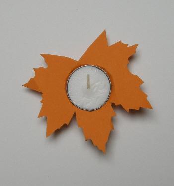teelichter basteln material tonkarton orange teelicht uhu teelichthalter fur weihnachten